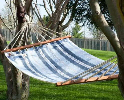 10 Awesome Ideas For Your Small Garden Design hammock