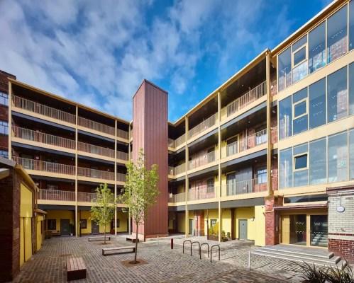 Bell Street Stables Glasgow flats