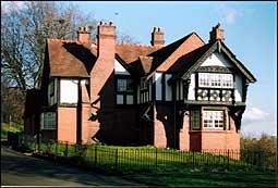 Photo: Cottage.