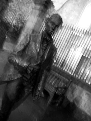 Photo: Edinburgh Poet statue.
