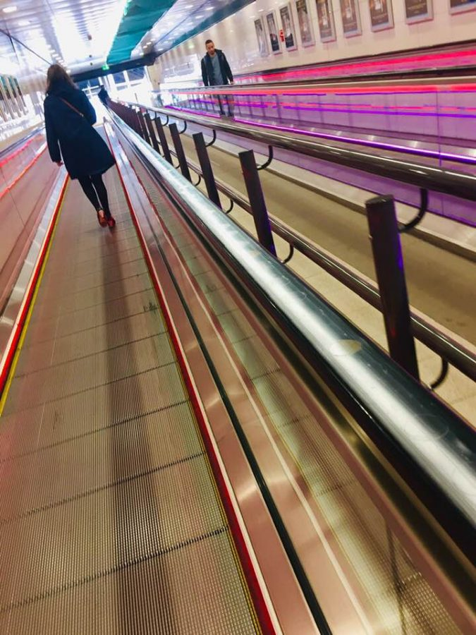 Glasgow Queens St moving walkway