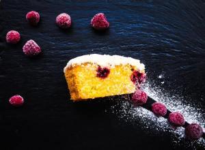 polenta raspberry cake