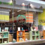 oxfam book shop byres road. jpg