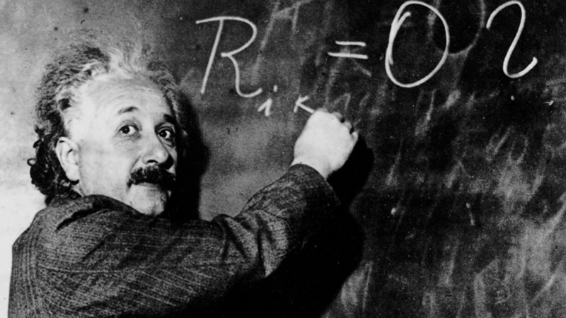 Einstein-at-blackboard-web-3q6w
