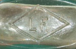 """LF in a diamond - on base of tooled-lip """"Strapside"""" flask. (Picture courtesy of Jimmy Bray)"""