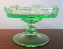 Depression glass green dish - Unidentified pattern