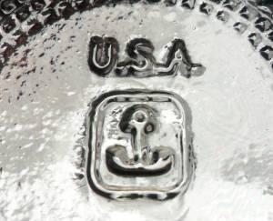 """Anchor inside Rectangle mark, embossed on bottom of """"Cube"""" type clear glass salt shaker"""
