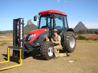 mark-broderic-glasshouse-tractors