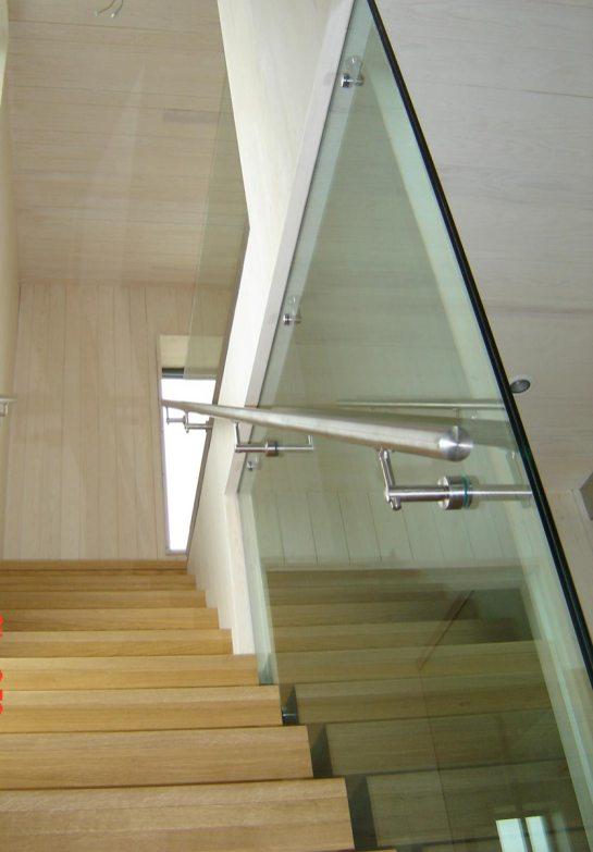 Glassrekkverk enebolig