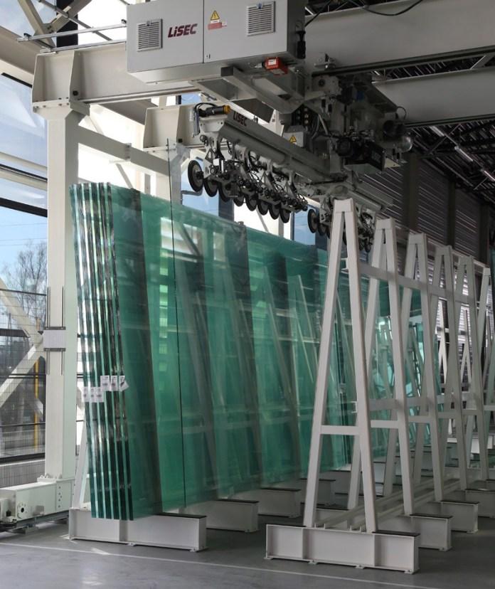 glass loading automatic