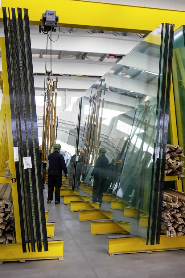 Rákosy Glass – innovative and decorative products for the construction glass industry by LiSEC