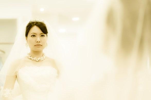 鏡の中の輝く花嫁