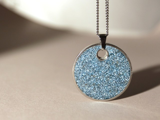 Best ideas for women's day gifts fancy jewelry pendent for women