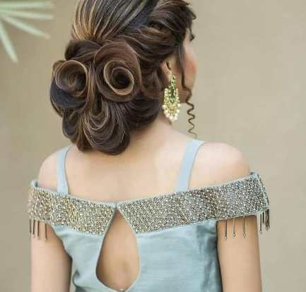 Bold blouse back designs
