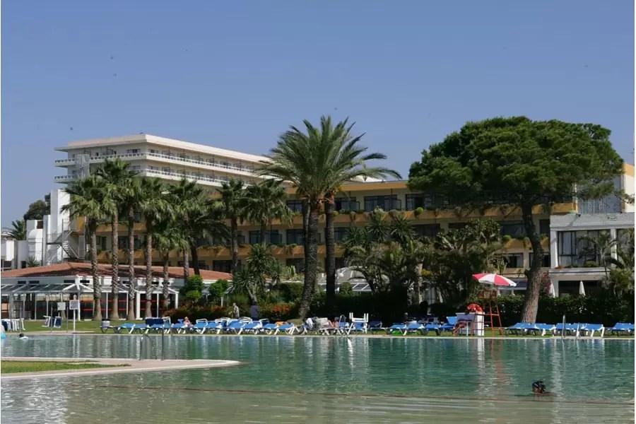 COSTA DEL SOL – 4* Atalaya Park Golf Resort Golf Holiday & Golf Break Offers