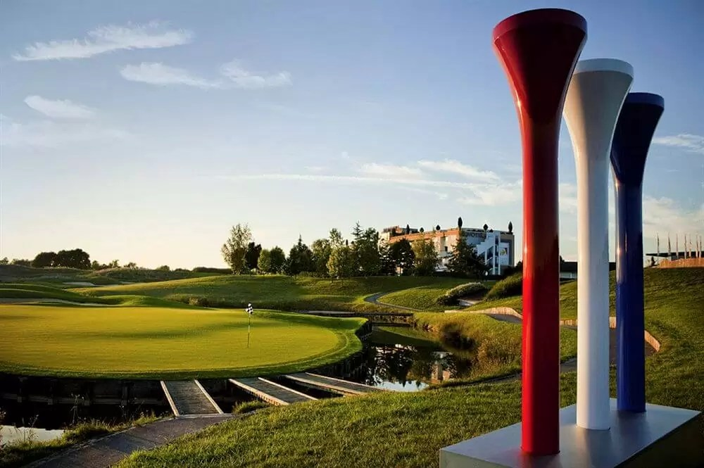FRANCE – 4* Novotel Saint Quentin Golf National Golf Holiday & Golf Break Offers