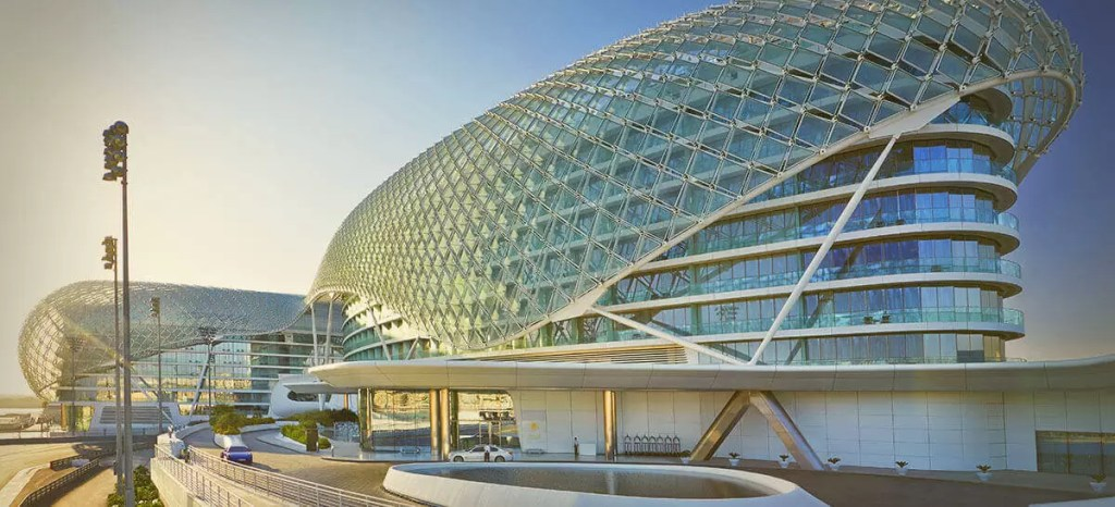 ABU DHABI – 5* Yas Viceroy Golf Holiday & Golf Break Offers