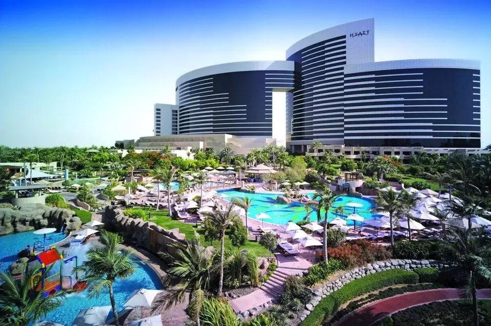 DUBAI – 5* Grand Hyatt Dubai Golf Holiday & Golf Break Offers