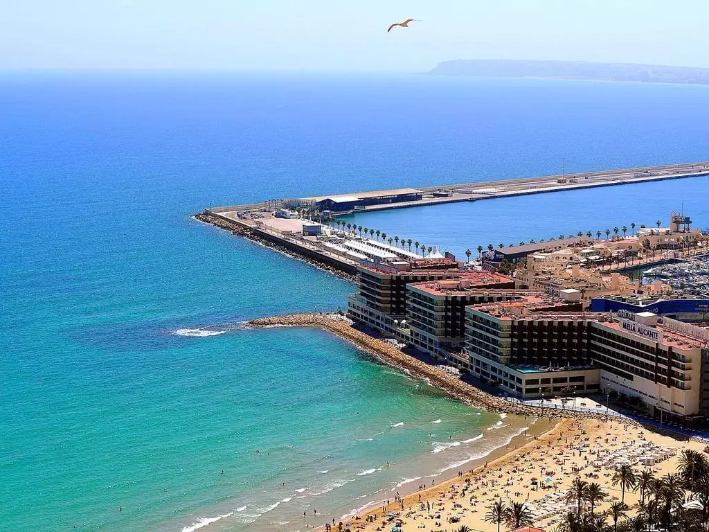 ALICANTE – 4* Melia Alicante Golf Holiday & Golf Break Offers