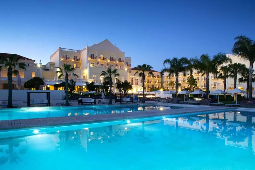 ALGARVE – 5* Blue And Green The Lake Spa Resort Golf Holiday & Golf Break Offers