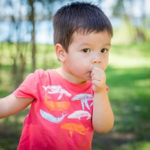 thumb sucking in children