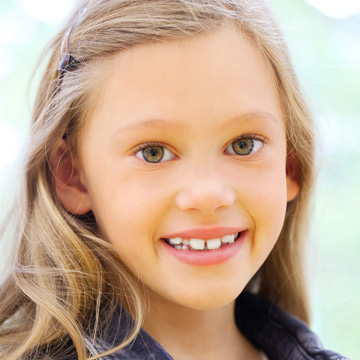 why kids teeth are crooked