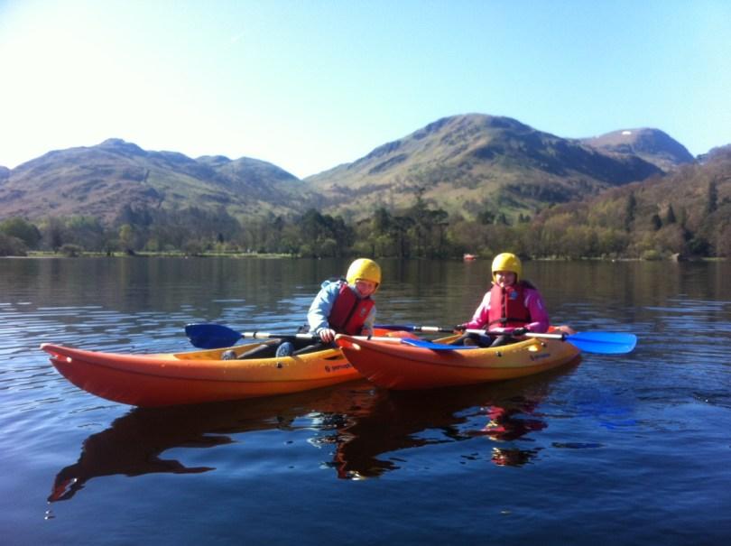 kids_kayaking