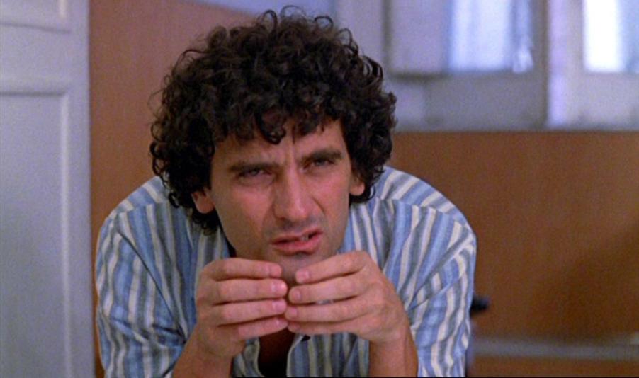 Ricomincio da tre (1981): vieni vieni... 1