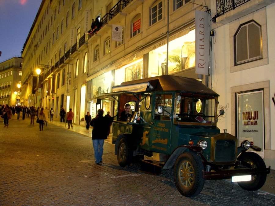 Lisbon: A FADO FAREWELL (7)