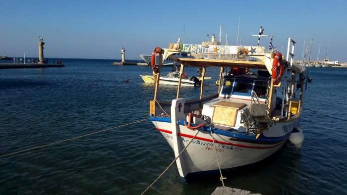 rhodes-travel-greece-island-colossus-mythology-history-glimpses-of-the-world