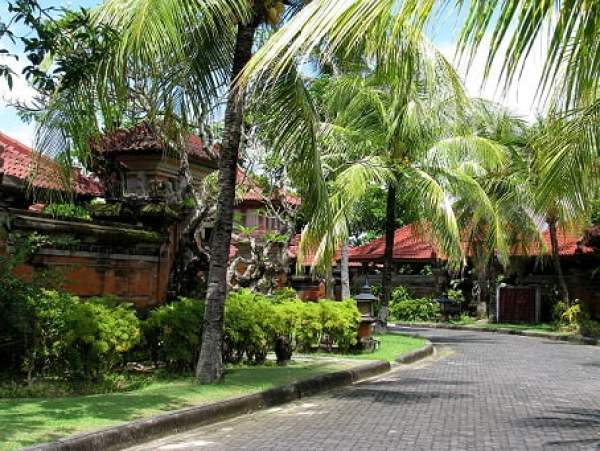Travel-to-Bali-hotel-greenery-Glimpses-of-The-World