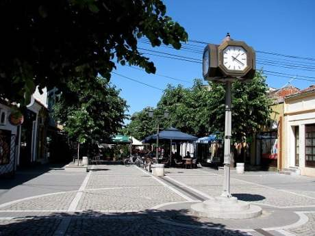 Serbia-travel-Kladovo-Glimpses-of-The-World