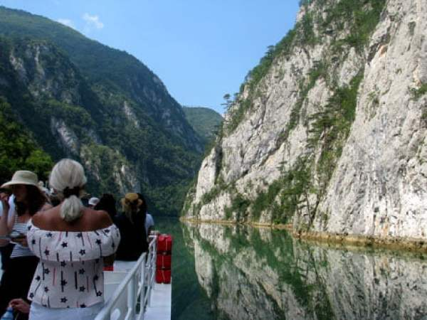 Serbia-travel-Drina-cruise-Glimpses-of-The-World