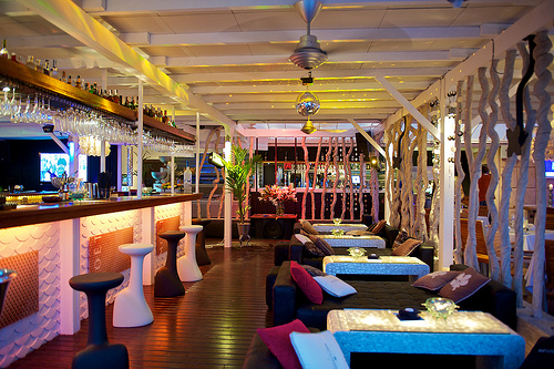 Nassau Beach Club And Restaurant GlitterampMud