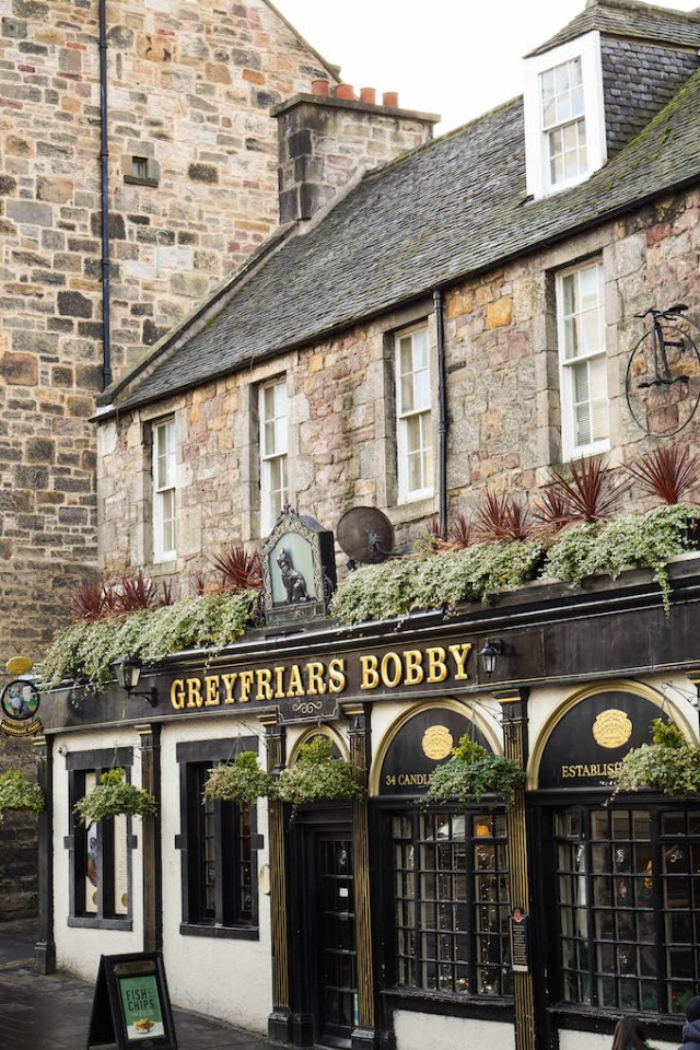 Edinburgh Old Town architecture, where to eat in Edinburgh, restaurants in Edinburgh