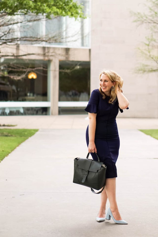 Best Camera for Lifestyle Blogging | What to Wear to Work in the Summer | Maggy London Dresses