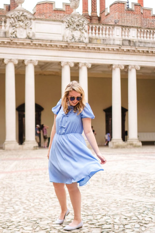 Gal Meets Glam Bow Dress | How to Wear Bows as an Adult | Feminine Dresses via Style Blogger Glitter & Spice