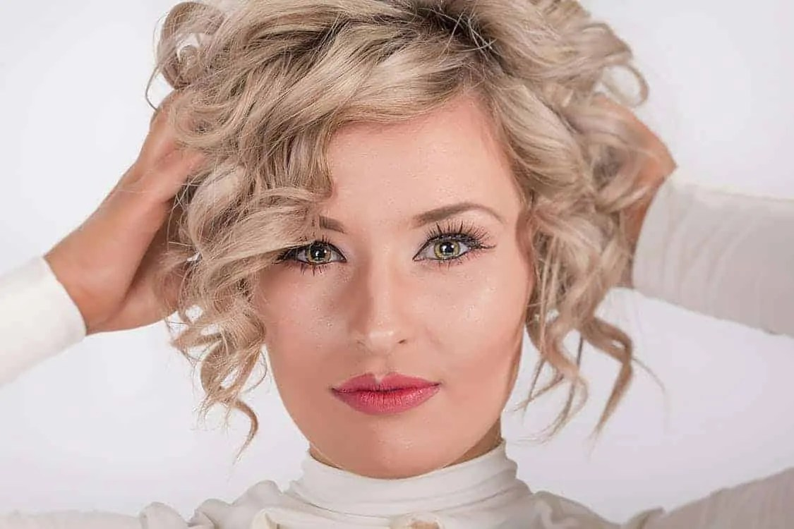 5 tips on how to make your curls last longer pin curls