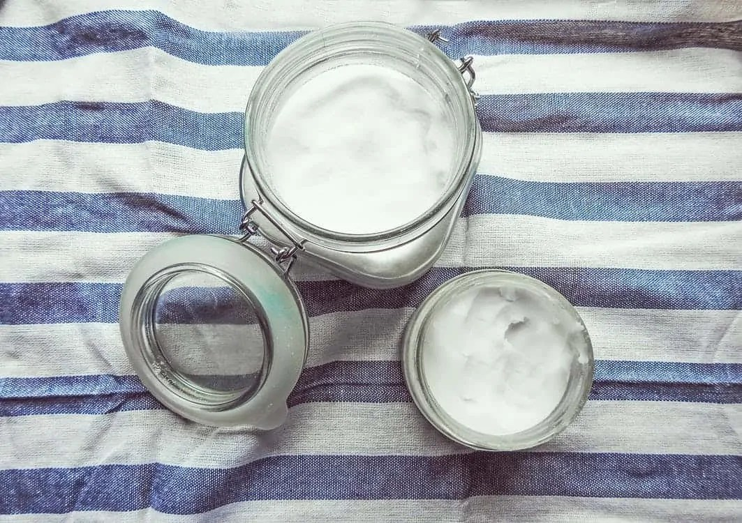 9 haircare saviours for Winter you don't want to miss coconut oil