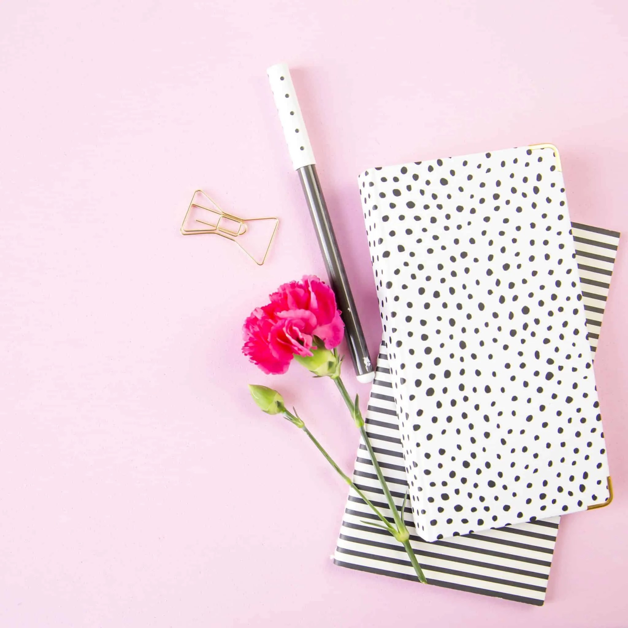 Ultimate self care tips for bloggers set monthly goals
