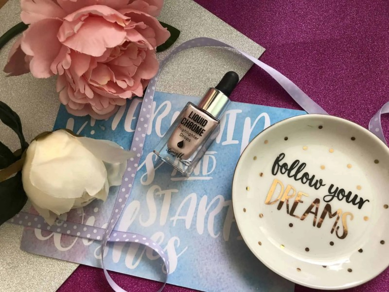 3 of my February beauty favourites barry m liquid chrome highlighter drops