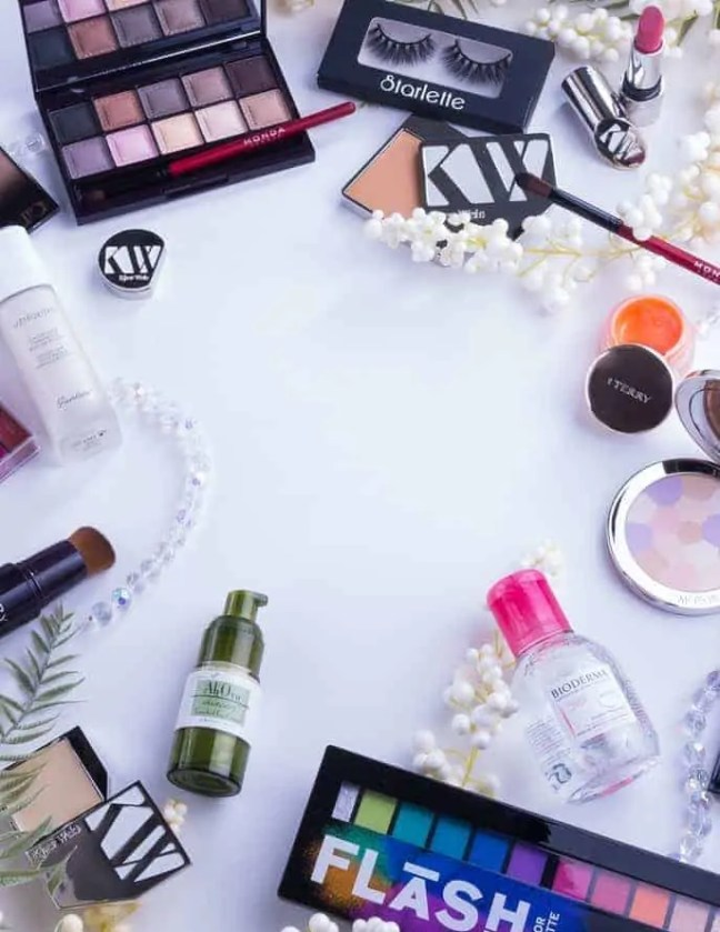 how to keep your makeup looking fresh during summer wear primer