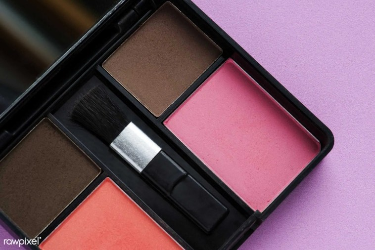 20 signs of makeup addiction only beauty addicts will recognise makeup collection
