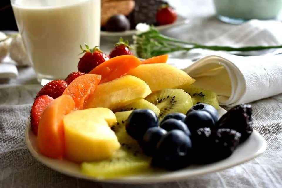 9 anti-aging home remedies to help you look young forever fruit salad