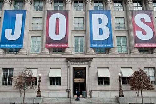 Surprise jump in US jobs