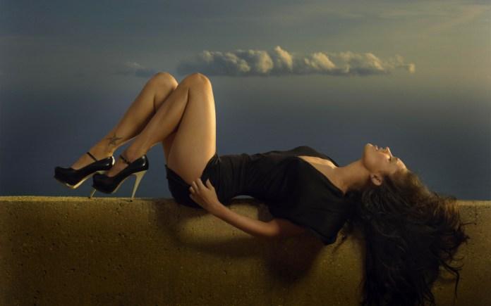 Megan Fox Hottest HD Wallpapers
