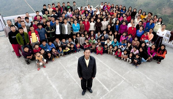 The world's biggest family