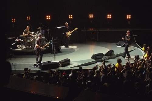 U2 at the Vertigo Tour