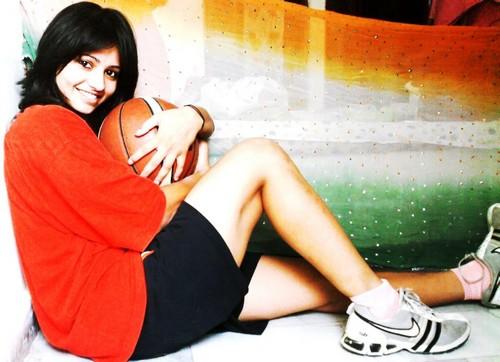 Akanksha Singh Hot Legs