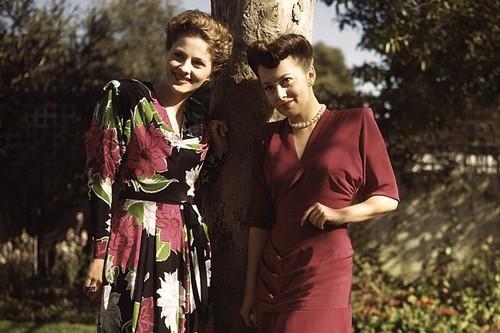 Joan Fontaine & Olivia de Havilland